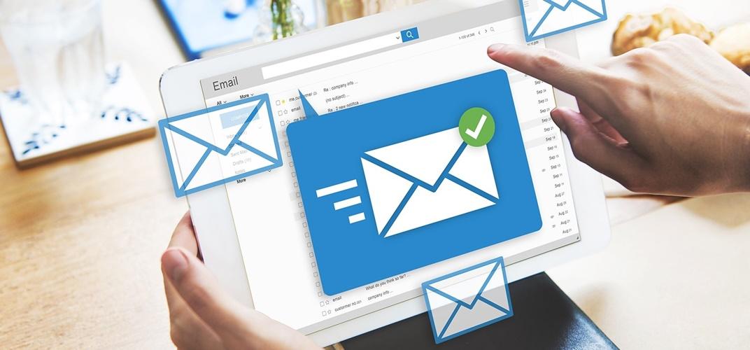 lập email theo tên miền