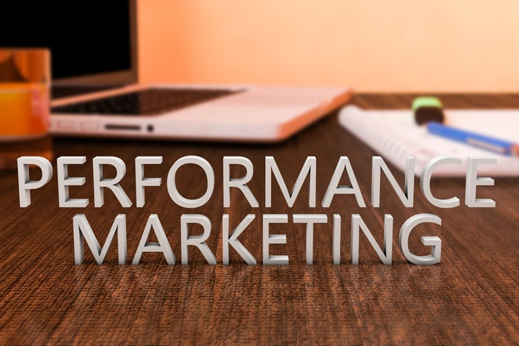 performance marketing là gì